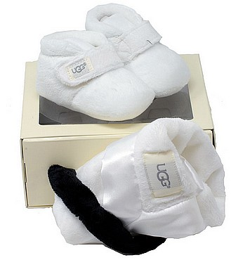 UGG® Bixbee and Lovey Box Set white